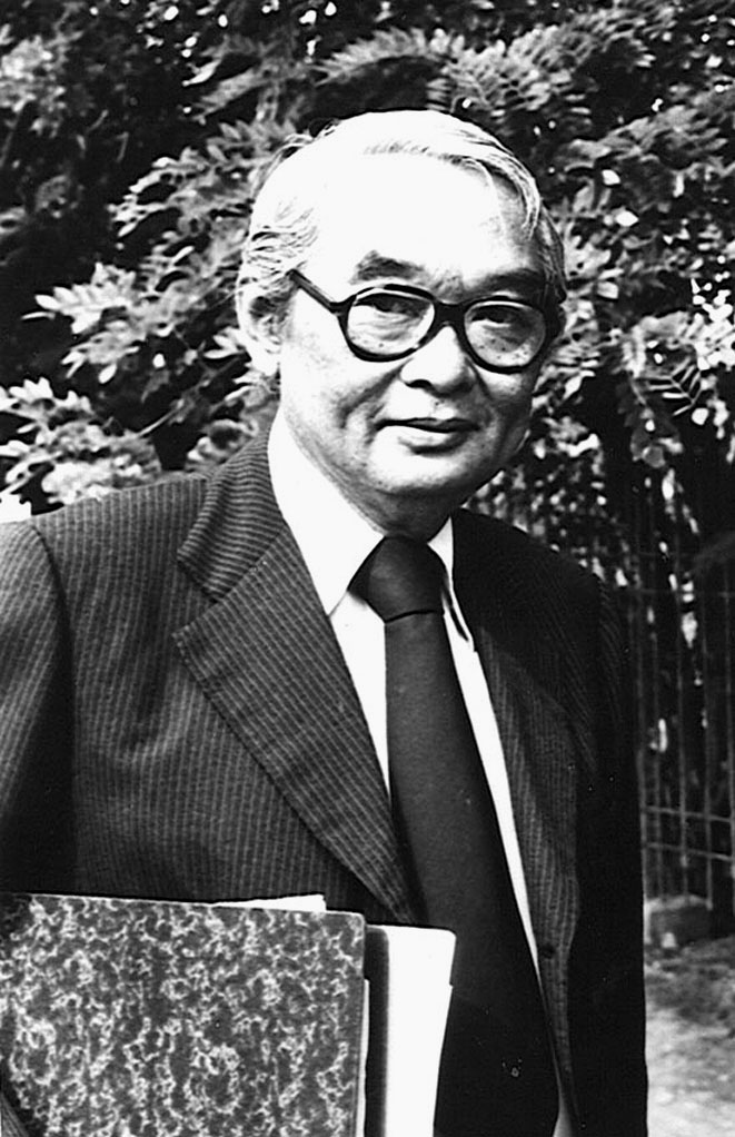 1975-1976 Thai PM Kukrit Pramoj.jpg