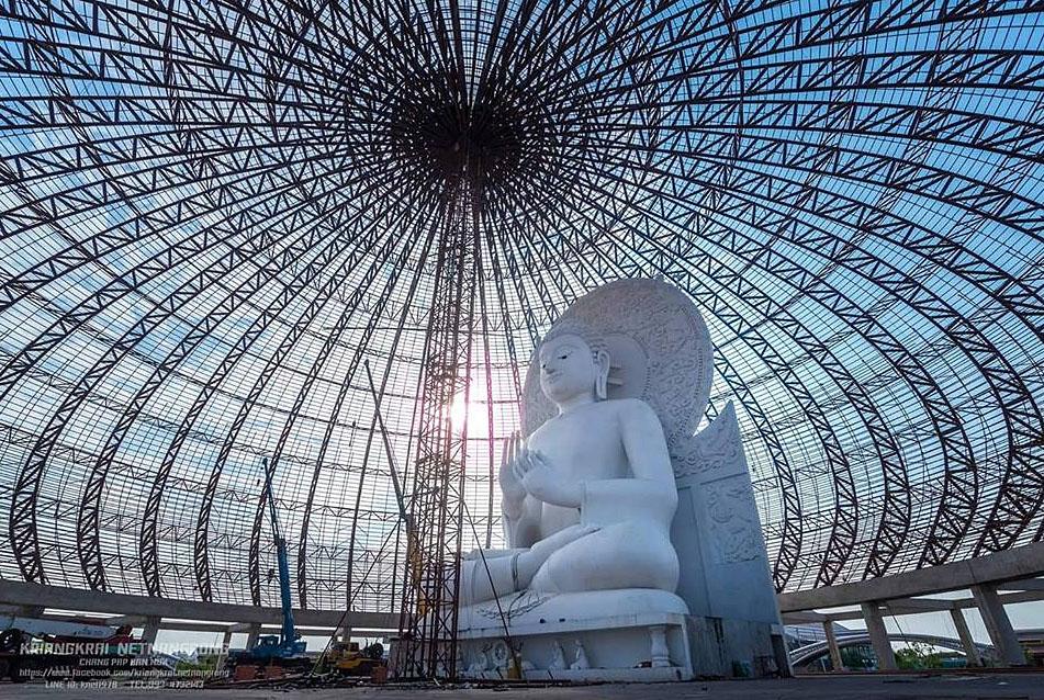 Saraburi Buddha Sangdham Temple 09.jpg