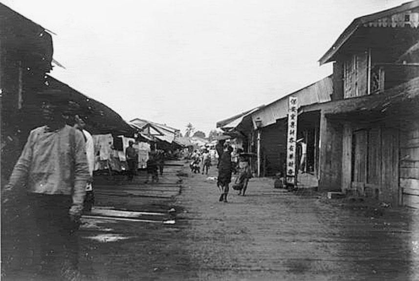 1902 Thanon Pho Klang, Korat.jpg