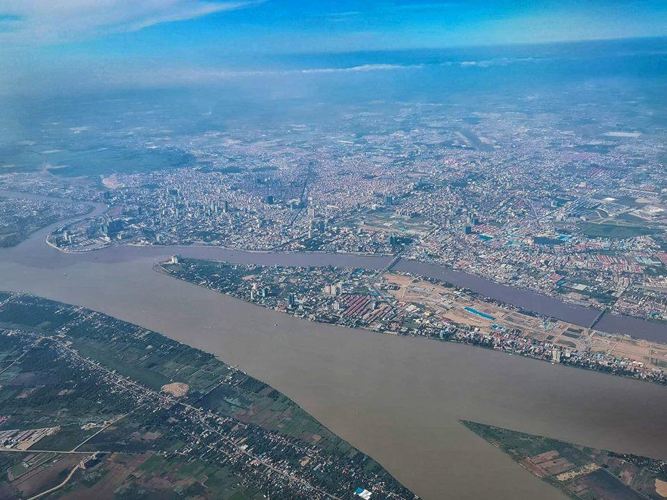 Pnom Penh from Above 02.jpg