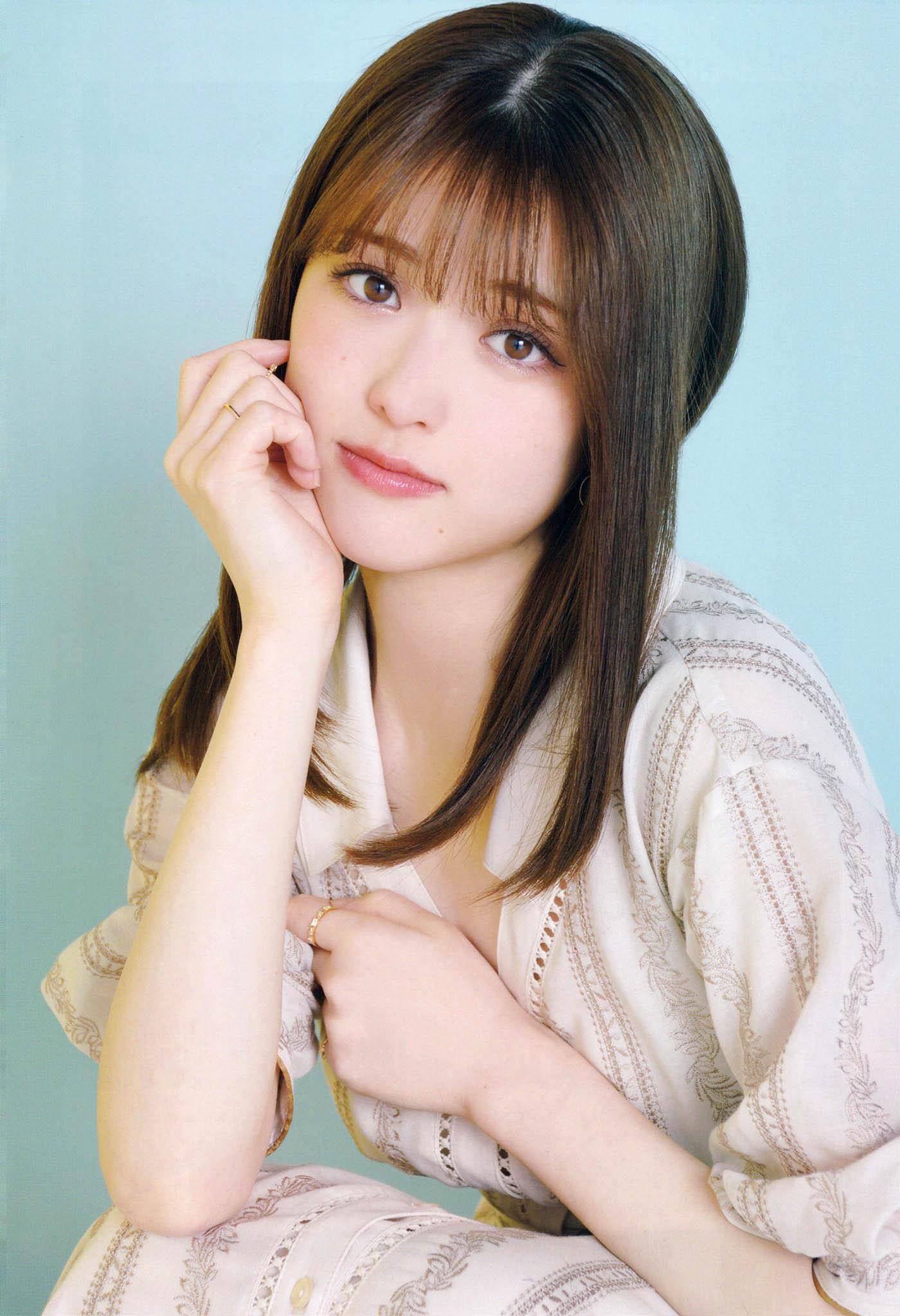 EIkuta SMatsumura Big One Girls 2105 05.jpg
