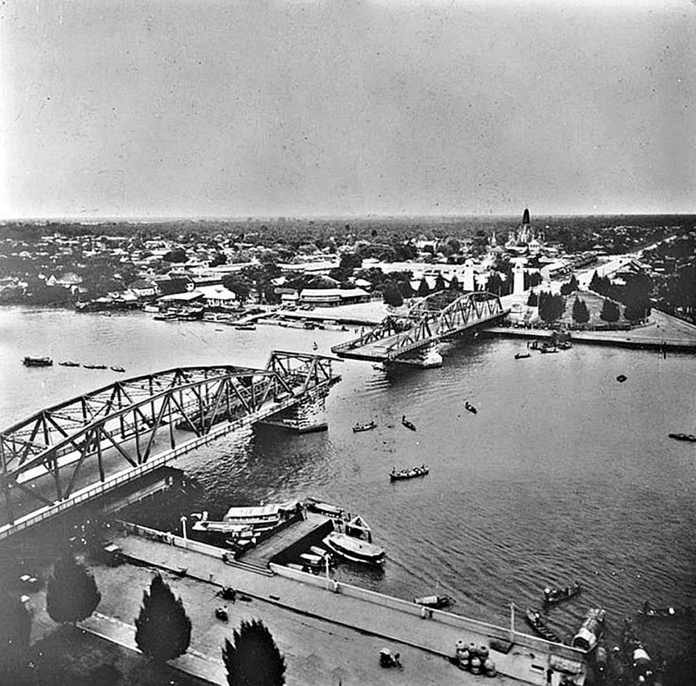 1946 Memorial Bridge.jpg