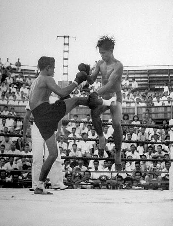 1948 Rousing Muay Thai Match.jpg