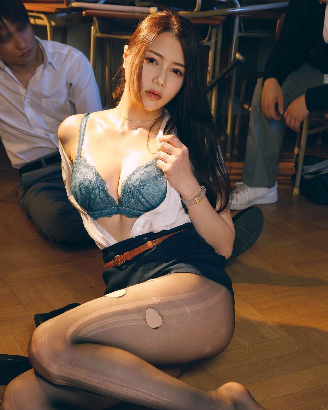 Miu Shiramine 2105 03.jpg