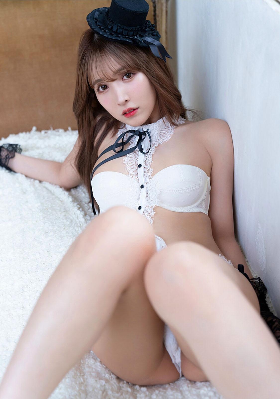 YMikami Harem 32 2021 28.jpg
