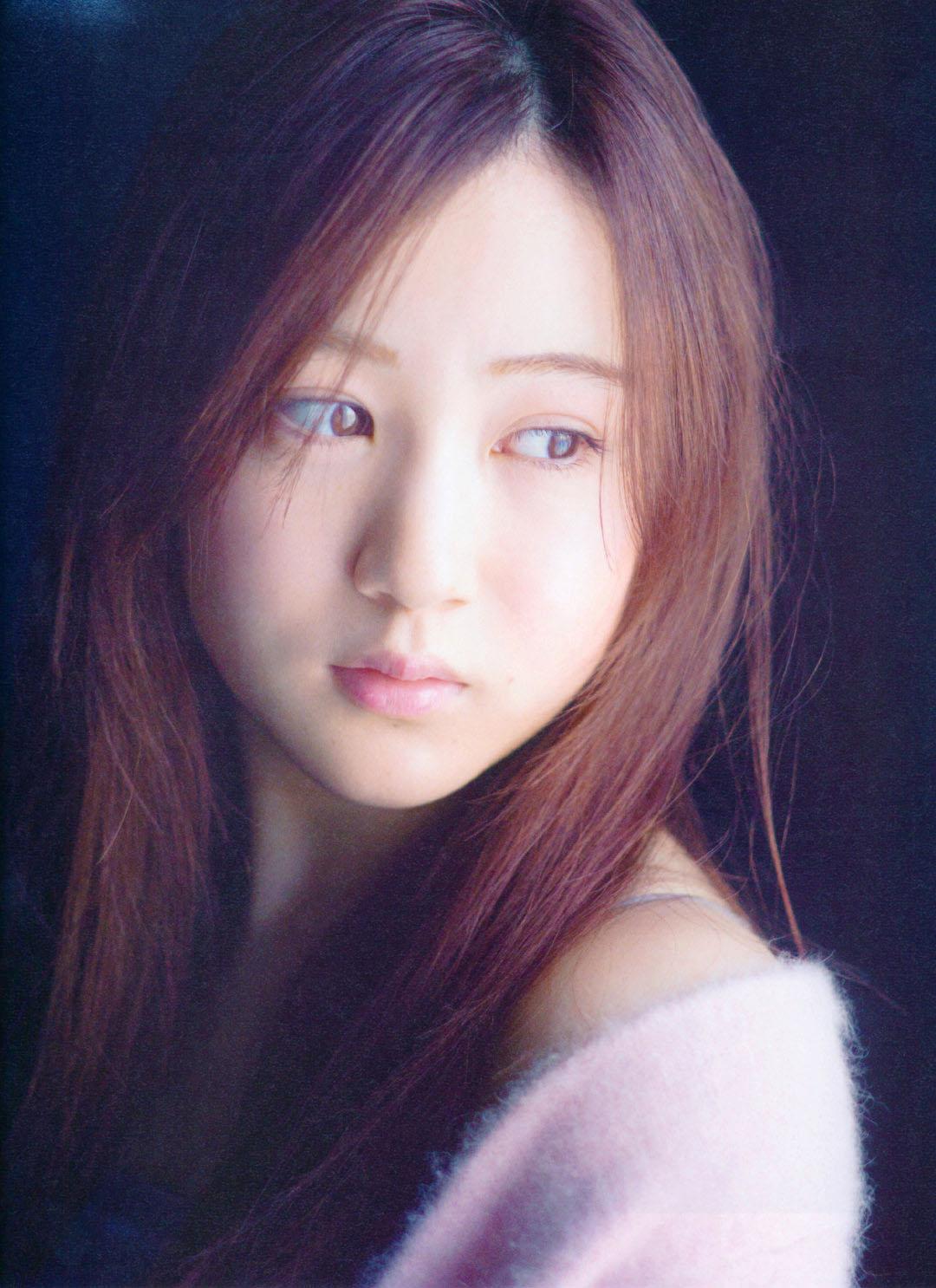 Minami Hoshino BLT Graph 2103 06.jpg