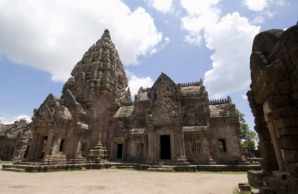 Phanom Rung Historical Park Buri Ram 2.jpg