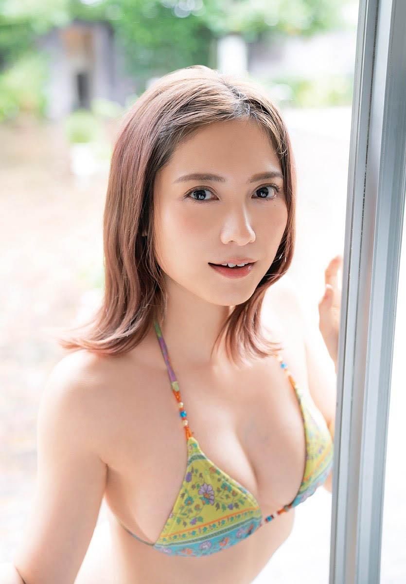 Nashiko Momotsuki Shonen Champion 211007 12.jpg
