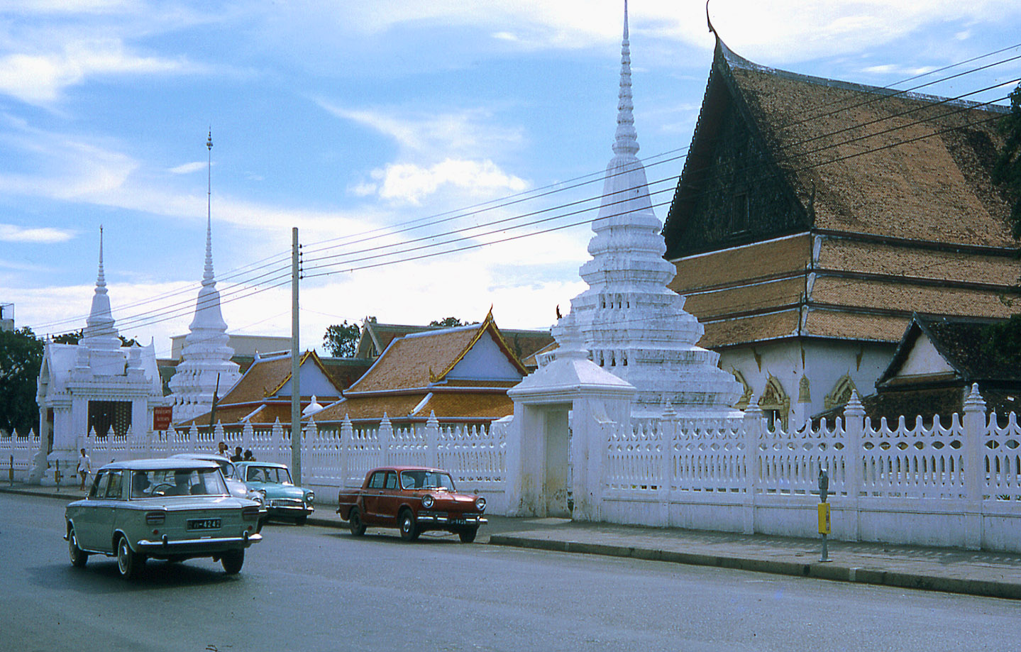 1968 Bangkok street 2.jpg