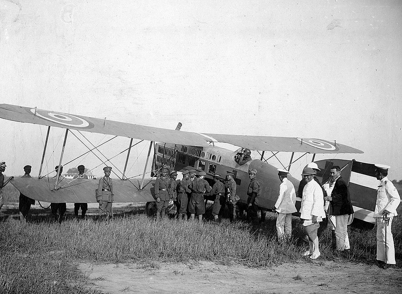 1922 Air 'Ambulance' {Royal Military}.JPG