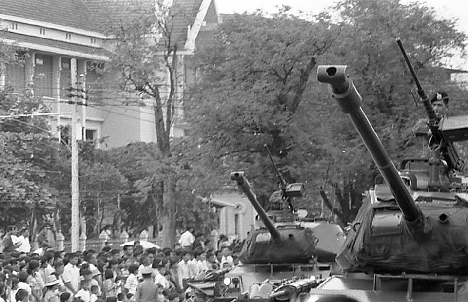 1971 Military parade during Ratchadaphisek {Silver Jubilee} on 9 June 1971.jpg