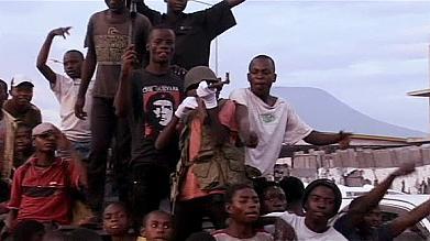 Возвращение сил правительства DRC к Goma как нападавшие совершает набег на беженцев