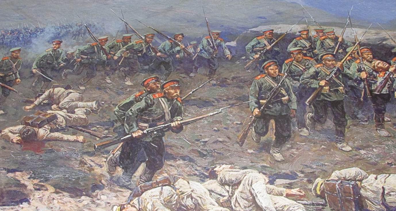 Красные погоны и околыши полагались Новочеркасцам как 1му полку 1й бригады 37й пехотной дивизии.