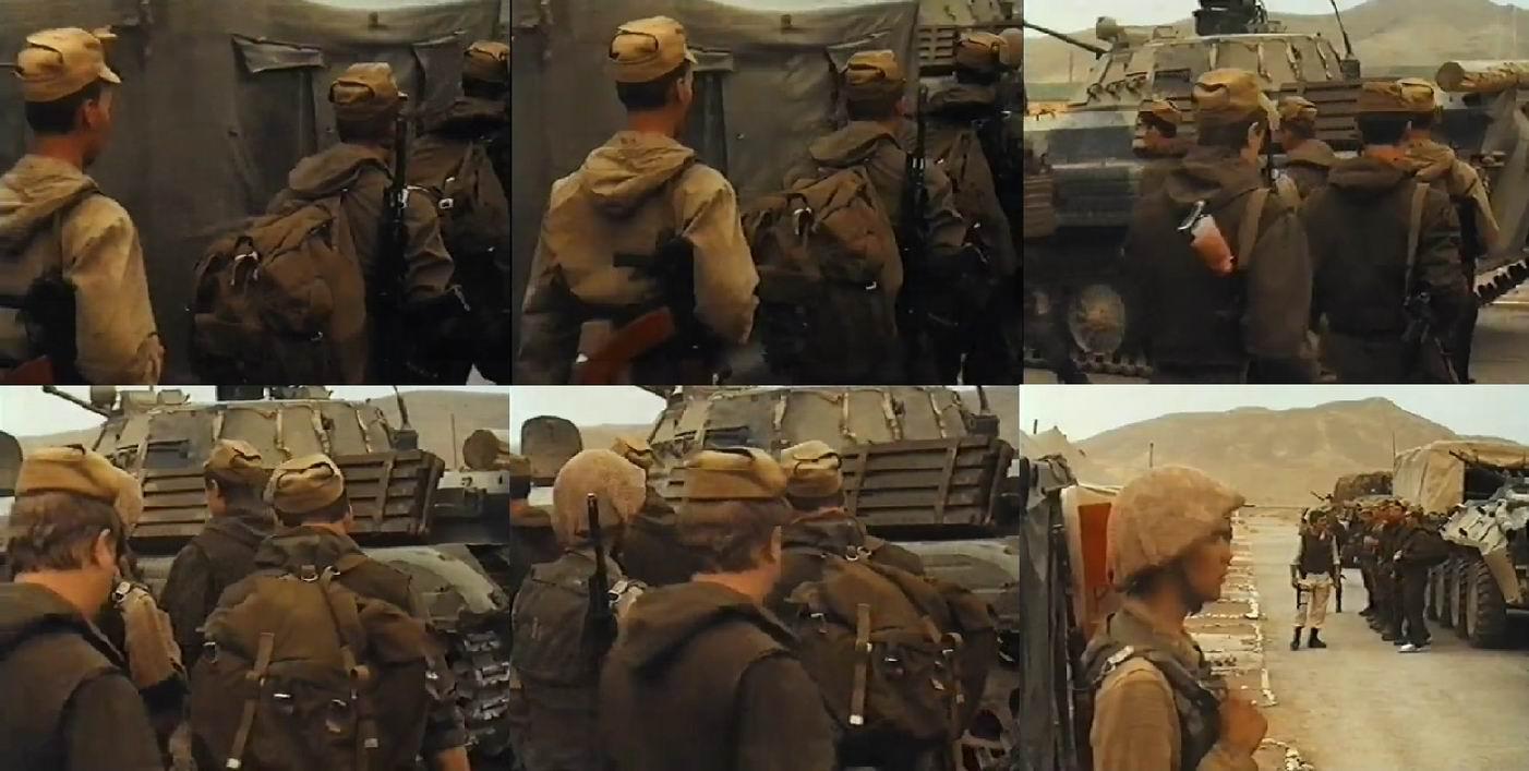 Бойцы идут на посторение перед выходом на боевые. Кеды, рюкзаки, магазины от РПК, ИПП в прикладах и жгуты.