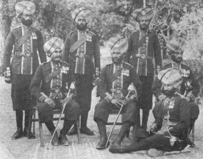 Индийские офицеры 36го Сикхского полка в парадной форме, 1901г.