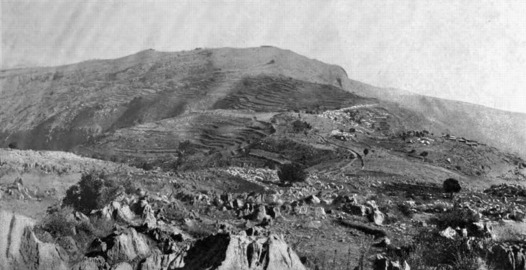 Вид на местность между Гюлистаном и Сарагархи, по которой приходилось идти Хаутону и его отряду.
