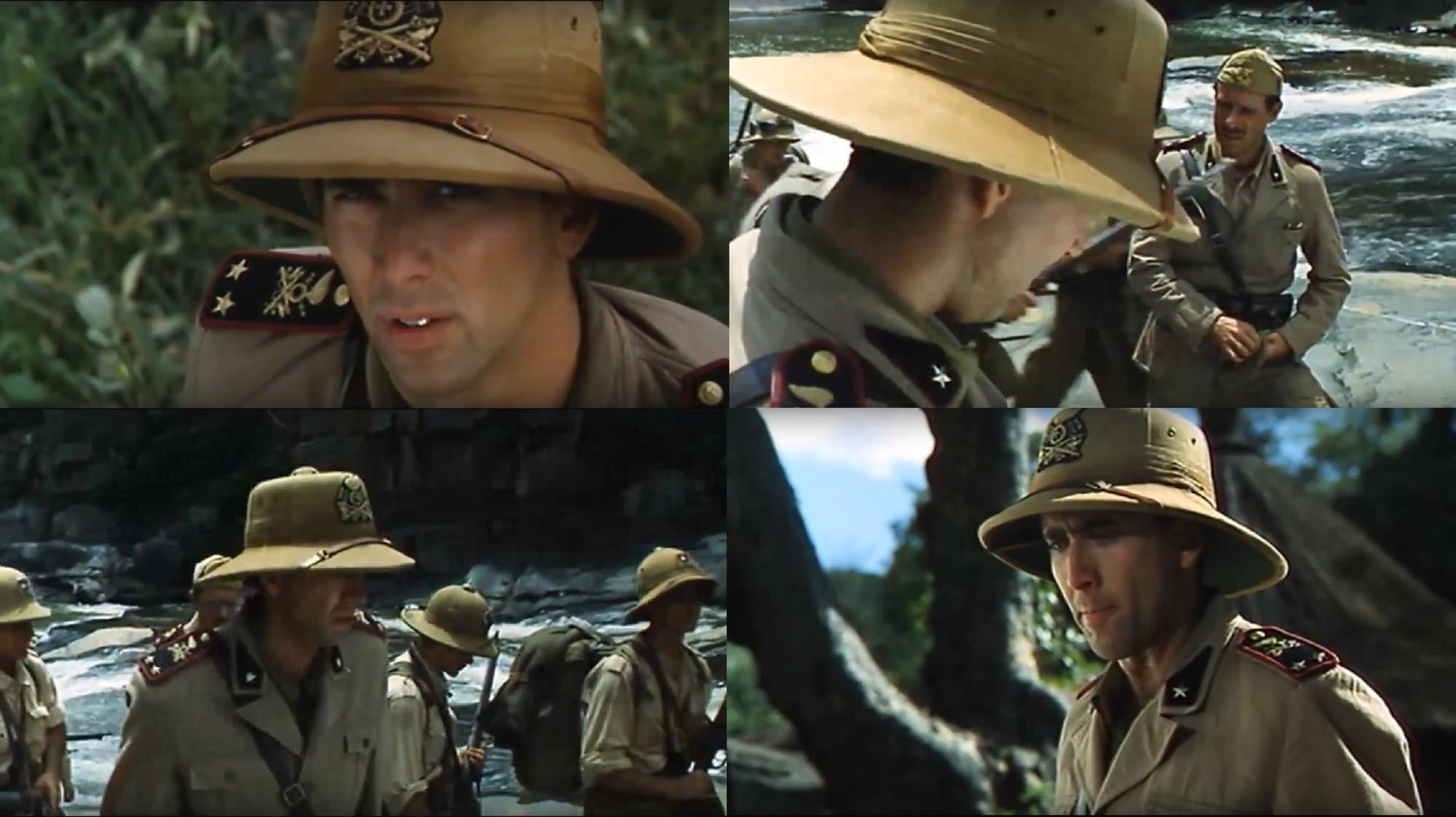 На шлеме хорошо видна полная эмблема телеграфистов, на пилотке и погонах она упрощенная.