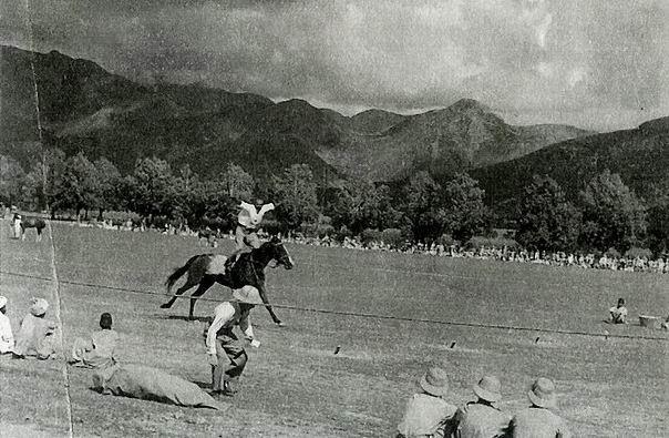 Поле для игры в поло полка Приграничных сил, Абботтабад, 1938г.