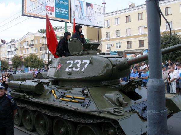 не даром танк реставрировали