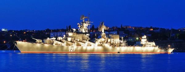 Москва на рейде в Севастополе