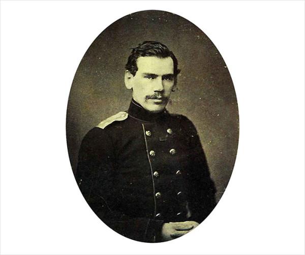 05 Лев Толстой. 1856 год. Санкт-Петербург. Фотография С.Л. Левицкого