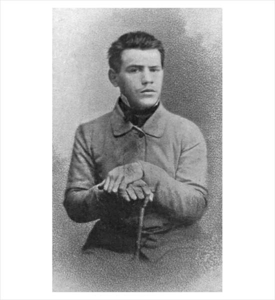 46 Лев Толстой, 1856, Санкт-Петербург, фото С.Л. Левицкого