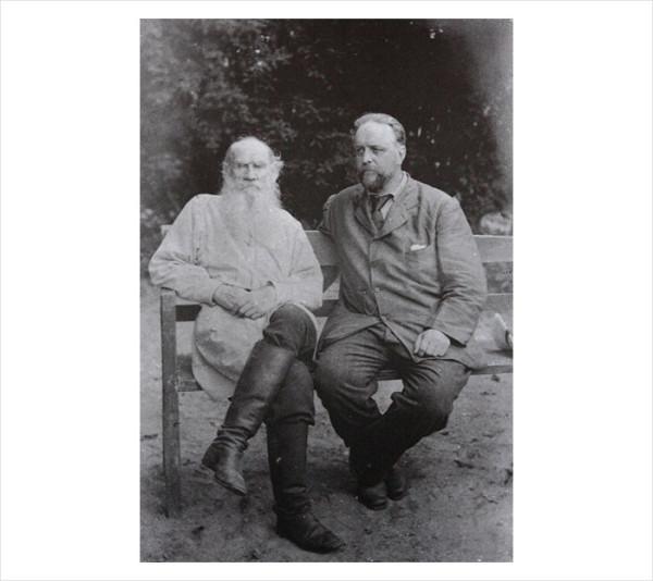 85 Л.Н. Толстой и В.Г. Чертков. 1906 г. Ясная Поляна. Фото С.А. Толстой