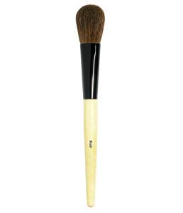 05_Bobbi-Brown-Blush-Brush_Our-brush-with