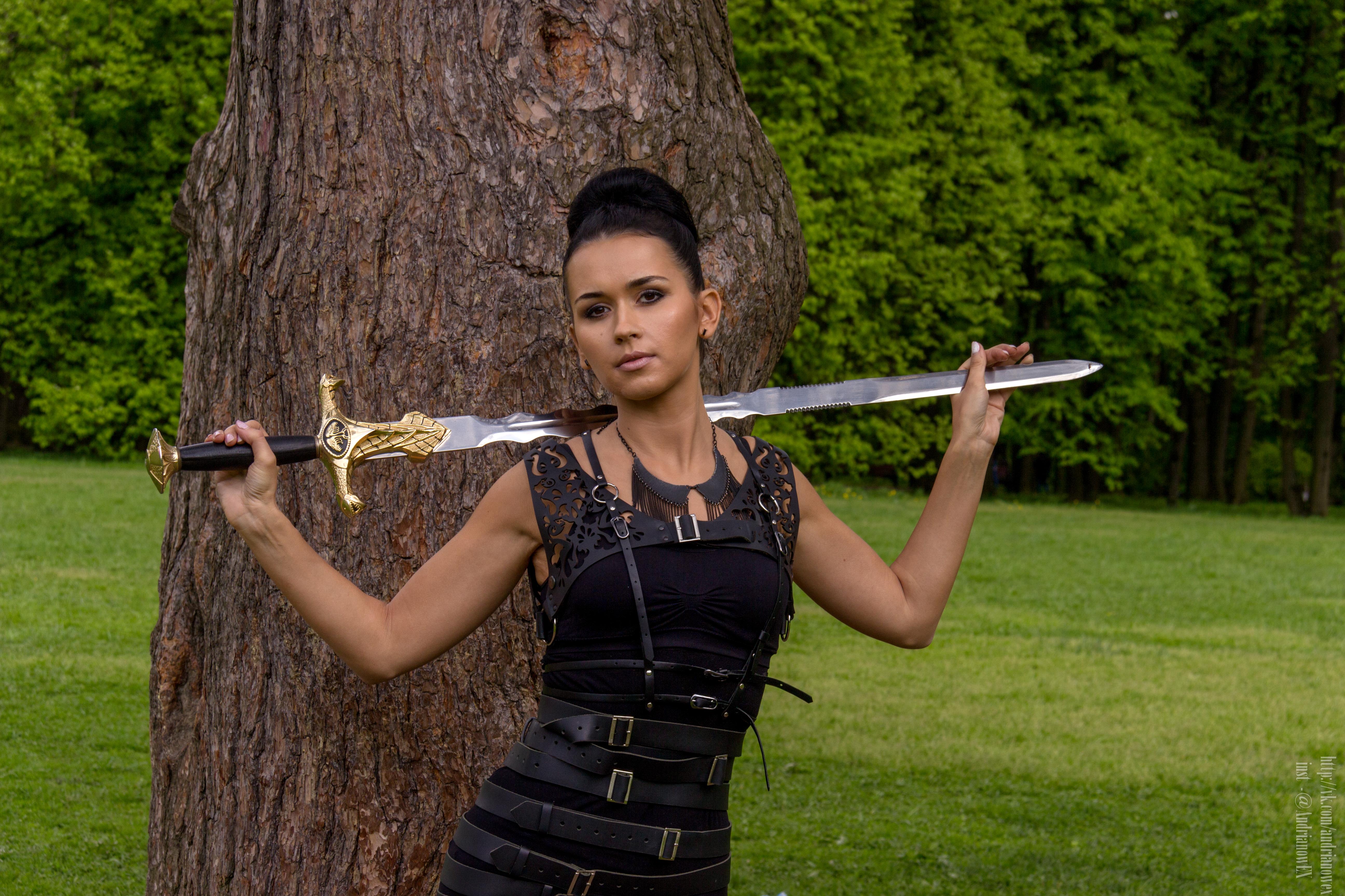 Фото с мечом