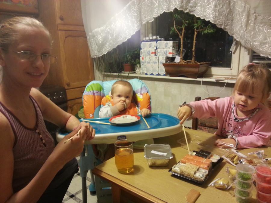 Нескучный день с двумя погодками, доча 2.5 и сына 11 месяцев 20131109_185353