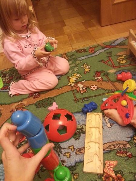 Нескучный день с двумя погодками, доча 2.5 и сына 11 месяцев 20131109_180246