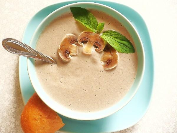 Суп-пюре из шампиньонов (для микроволновой печи)