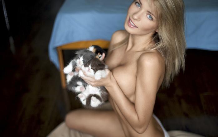 porno-aktrisi-blondinki-spiski