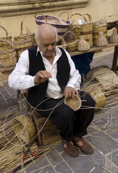 Basket Weaver (1)