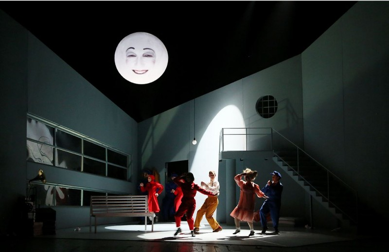 фото с сайта театра