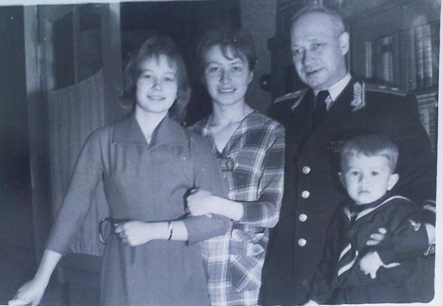 ТИКАНОВЫ   1962  -  1963