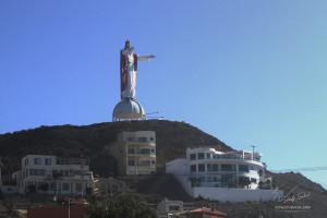 СТАТУЯ  ХРИСТА   МЕКСИКА  недалеко  от   ЕНСИНАДЫ