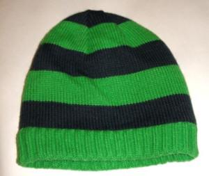 шапка зеленая