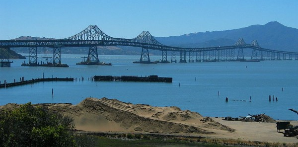 800px-Richmond-San_Rafeal_Bridge_wide