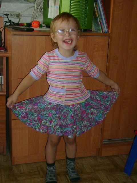 Маша в платье