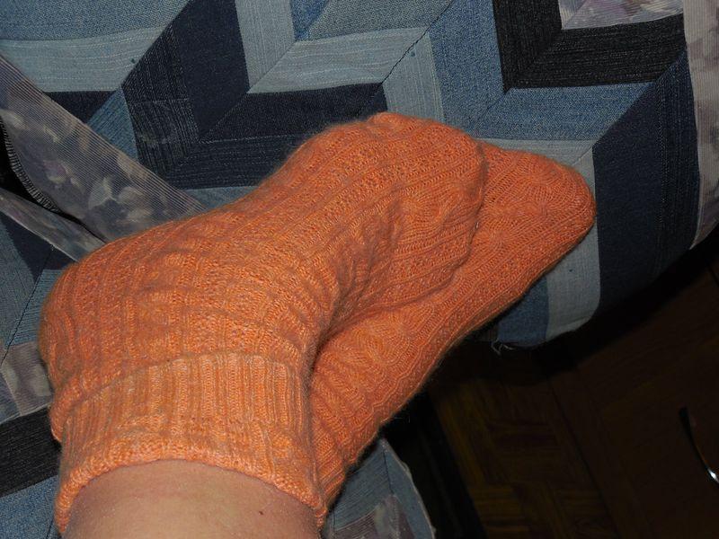 носки на ноге