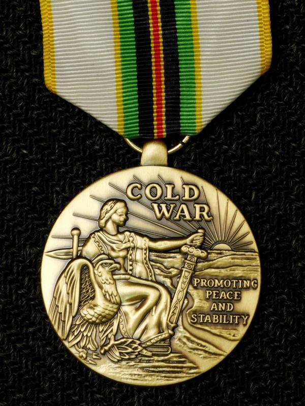 медаль За победу в холодной войне США лицо М