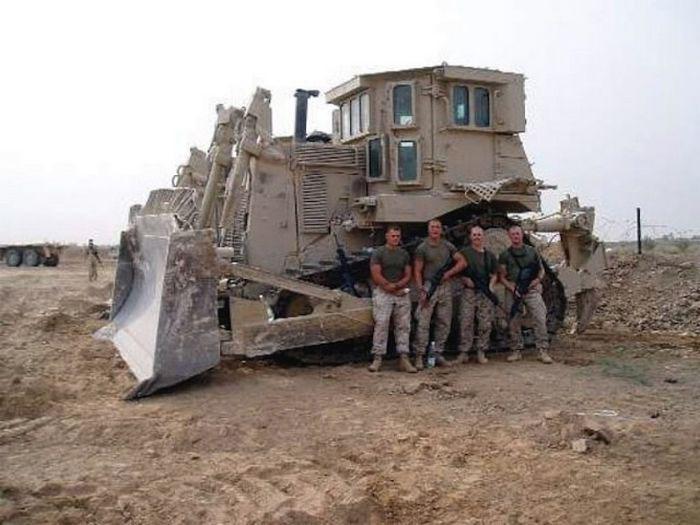 bulnulldozer-po-prozviwu-pluwevyj-miwka-0-004