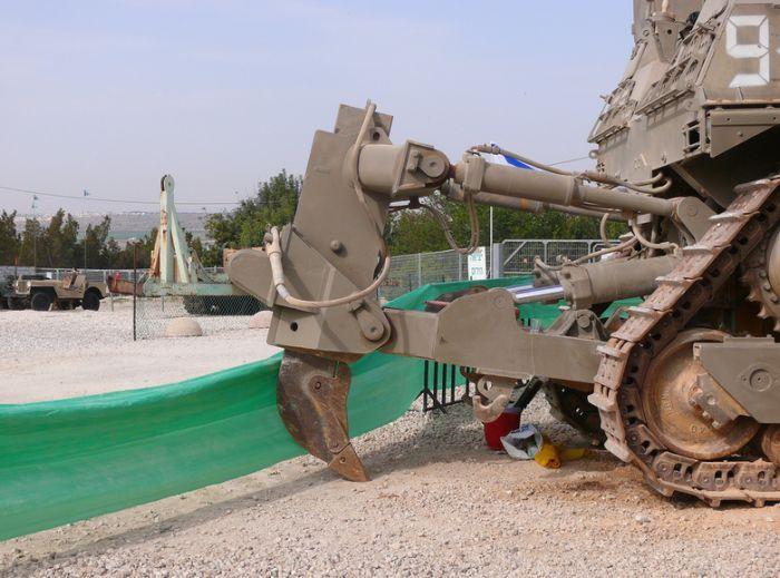 bulnulldozer-po-prozviwu-pluwevyj-miwka-0-012