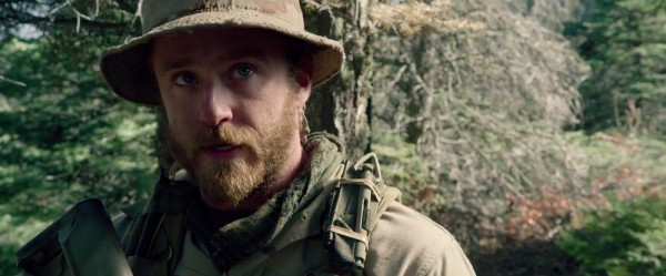 trailer-for-peter-bergs-navy-seal-film-lone-survivor-3