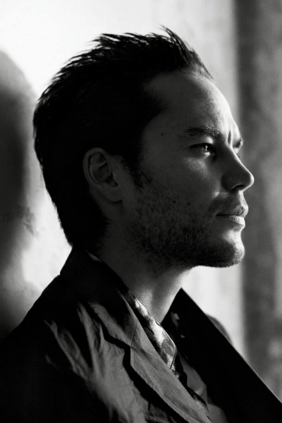 Interview magazine taylor kitsch even his dark side is photogenic