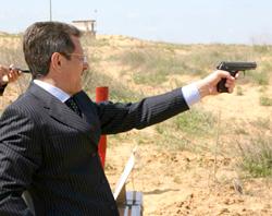 губернатор Жилкин
