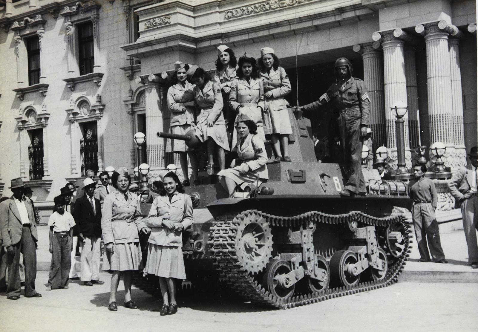 Guate-1944-11