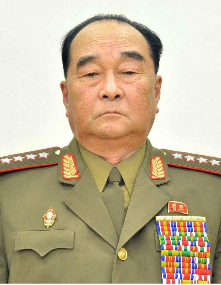 Кандидат в члены Политбюро товарищ Ким Гёк Сик