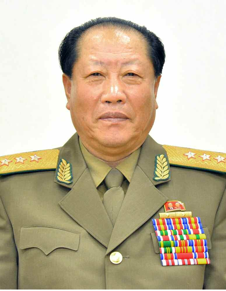 Кандидат в члены Политбюро товарищ Чхве Бу Иль